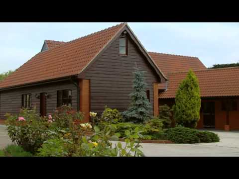 Luxury UK Property Tour - Video Promotion of Property for a Luxury Estate in Essex UK