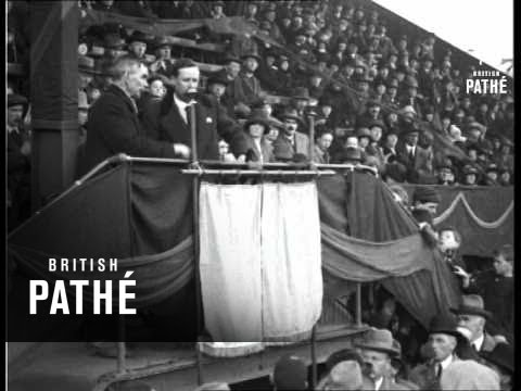 Unveiling Of Memorial To Memory Of Michael Hogan & 13 Others Shot At Croke Park (1926)