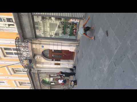 Palestinian tourist dancing in Italy