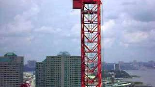 Jersey City - Crane swaying in the wind