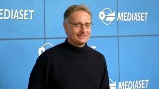 Paolo Bonolis sulla chiusura del programma di Paola Perego