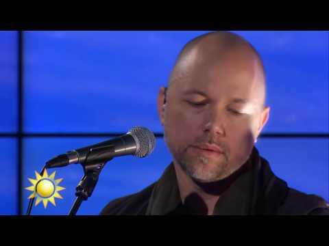 Tomas Andersson Wij - Vågor (Live)  - Nyhetsmorgon (TV4)