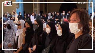 ملخص جنازة دلال عبد العزيز😥.. الألم والصدمة على وجه دنيا وإيمى سمير غانم