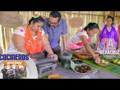 gastronomía-mexicana:-nico-cocina-con-las-llamadas-'mujeres-de-humo'- -cocineros-mexicanos