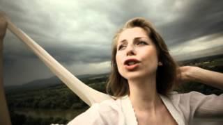 Tanec medzi črepinami - filmová pieseň  (Tono Popovič/Daniel Hevier)