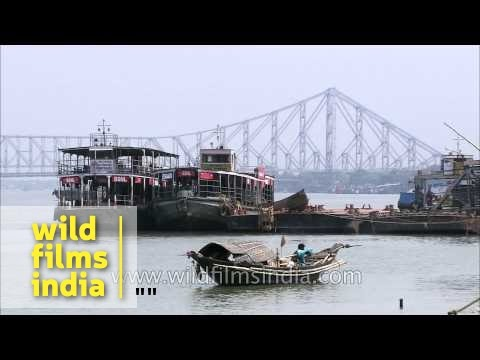 Rabindra Setu as seen from Babu Ghat -...