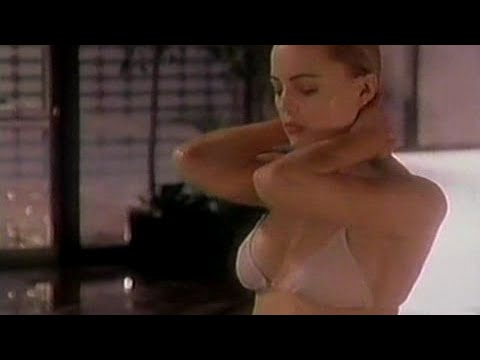 Melissa George in Thieves (2001)
