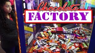 Chocolate Factory Candy Pusher - Claw Machine Wins