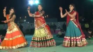 Mahendi rang laayi , Gunje angana me Shahenai and Jhoom barabar Jhoom