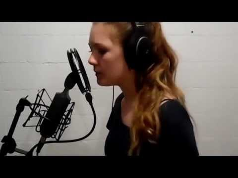 Chandelier -Sia cover Hannah Kelly