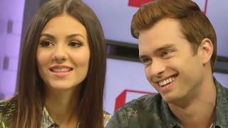 Victoria Justice & Pierson Fode Talk 'Naomi & Ely's No Kiss List' Chemistry & Relatability