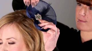 How to use a fascinator