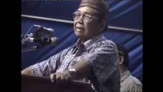 Semua Agama Tidak Sama -  Ceramah Gus Dur Di Gresik 2004
