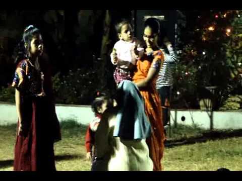 Ghelu Ghelu Thayu Lok.....Christmas Garba
