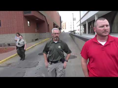 "Sioux city Ia Law Enforcement Center. ""They try to bully us""  1st amendment audit"