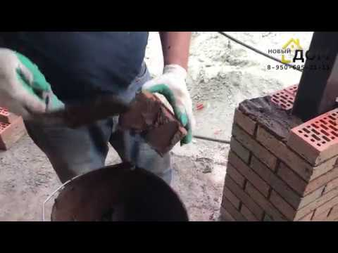 Баварская кладка кирпича - столб из облицовки (Брянск), подготовка к заливке армошва.