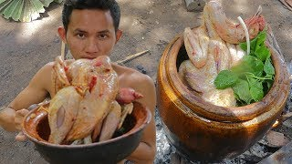 Primitive Technology: Slingshot Hunting Chicken and Cook in Water Tank Eating Delicious