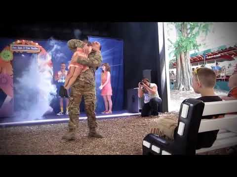Compilation Soldier coming home U S  Marine Surprises His Family in the Front Yard