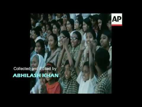 BANGLADESH LIBERATION FORCE (MUJIB BAHINI) SUPREMOS HANDING OF ARMS