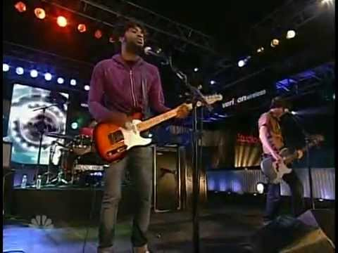 Bloc Party  I Still Remember  on Last Call with Carson Daly 2007