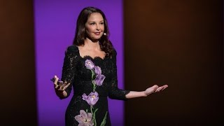 How online abuse of women has spiraled out of control | Ashley Judd