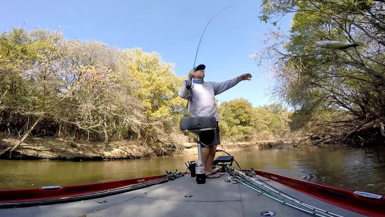 Bass fishing fallin 39 craws joe pool lake tx 11 oct for Joe pool lake fishing report