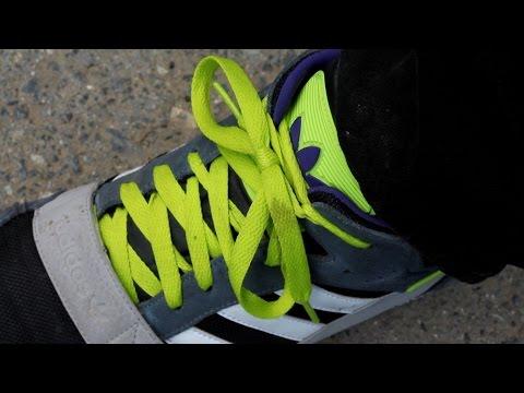 👣 Как правильно завязать шнурки на кедах чтобы они не развязывались при вождении и ходьбе