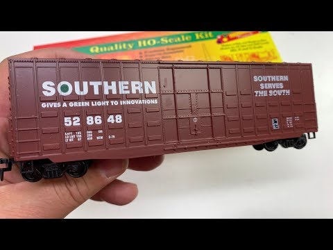 BUILDING A BOXCAR KIT – TRAINS ARE FUN MAIL