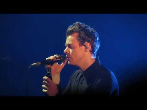 From the Dining Table  Harry Styles  10\/14\/17  Comerica Theatre  Phoenix, AZ  YouTube