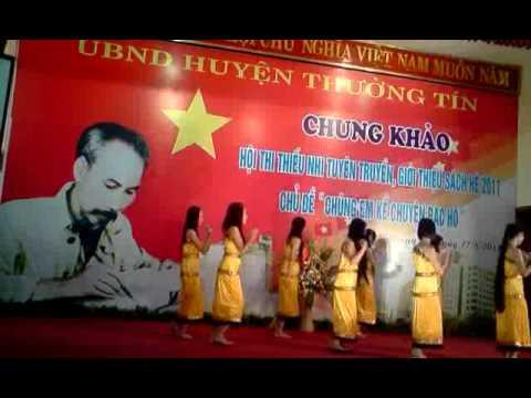 mua co gai pako THCS Ninh So
