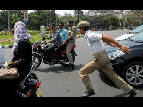 Bangalore traffic police doing live corruption
