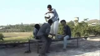 Download Hindi Video Songs - Ek tanete Jemon Temon (Kishor Kumar) music video by Mamuz