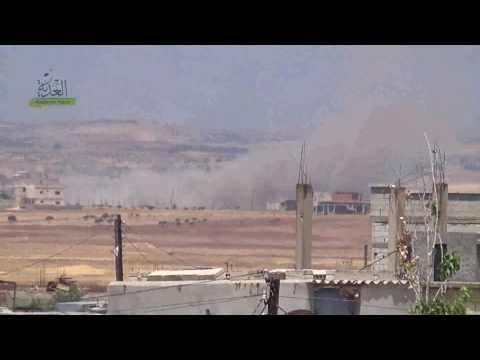 لحظات قصف طائرات الاسد مدينة كفرلاها في الحولة