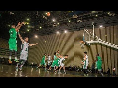 AmericanBasketballPlayersLaceItUpinIraq
