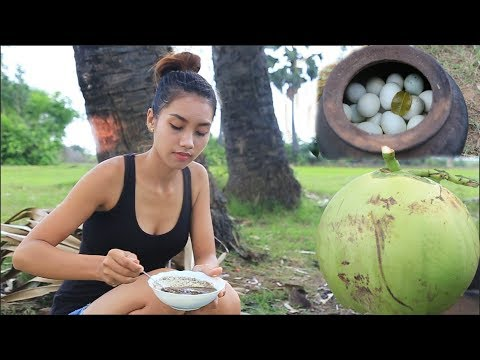 Primitive Technology: Survival skill cooking eggs with coconut   Wilderness Cooking