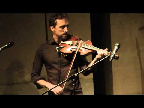 Voices from the Irish Revival – Colm Mac Con Iomaire, extract one