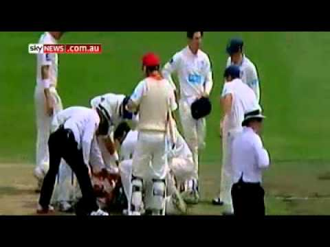 Phil Hughes hit on head, collapses in Shield