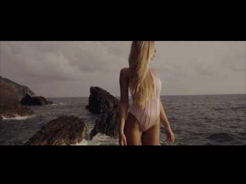 Ligurian breeze. Anabel Arto Swim2017 teaser