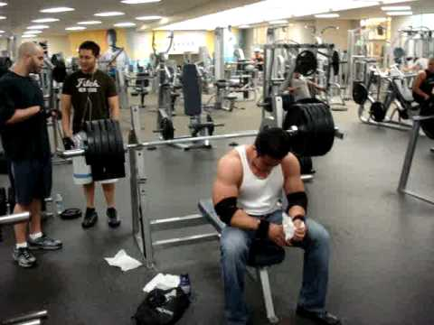 bien diesel 515lbs bench press,vietnamese