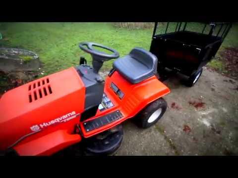 husqvarna lt 130 lawn tractor and trailer youtube. Black Bedroom Furniture Sets. Home Design Ideas