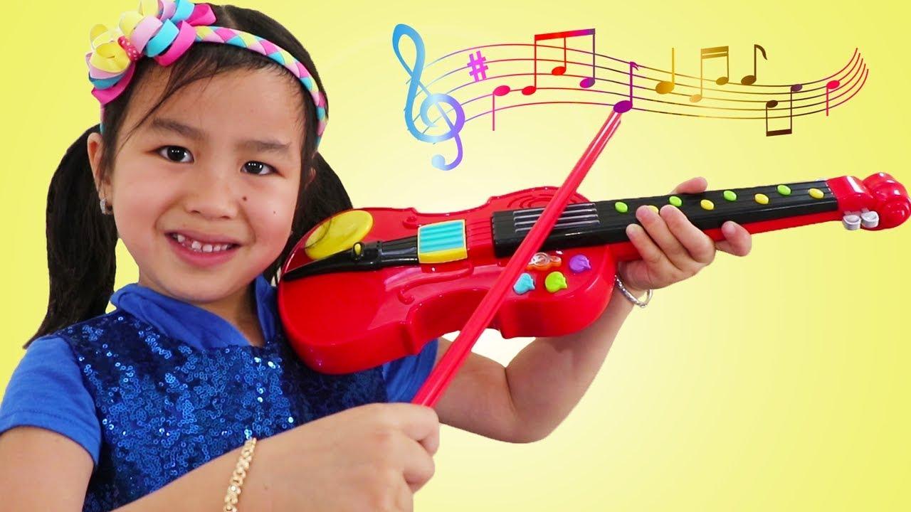 Jannie & Wendy Pretend Play With Violin Music Toy & Sings