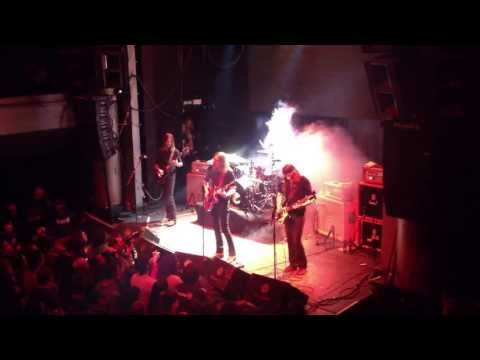 Graveyard - An Industry Of Murder (live Madrid)