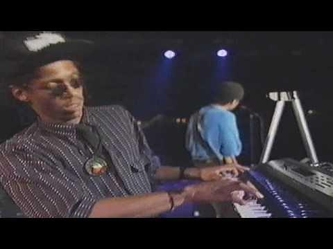 Stanley Jordan - Stairway To Heaven Montreux Jazz Festival