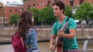 Sou Luna- Momento musical- Simón canta Eres para Luna