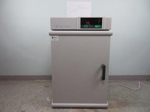 Fisher Scientific Standard Lab Incubator 11-690-650D