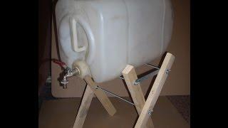 Удобная канистра для воды.
