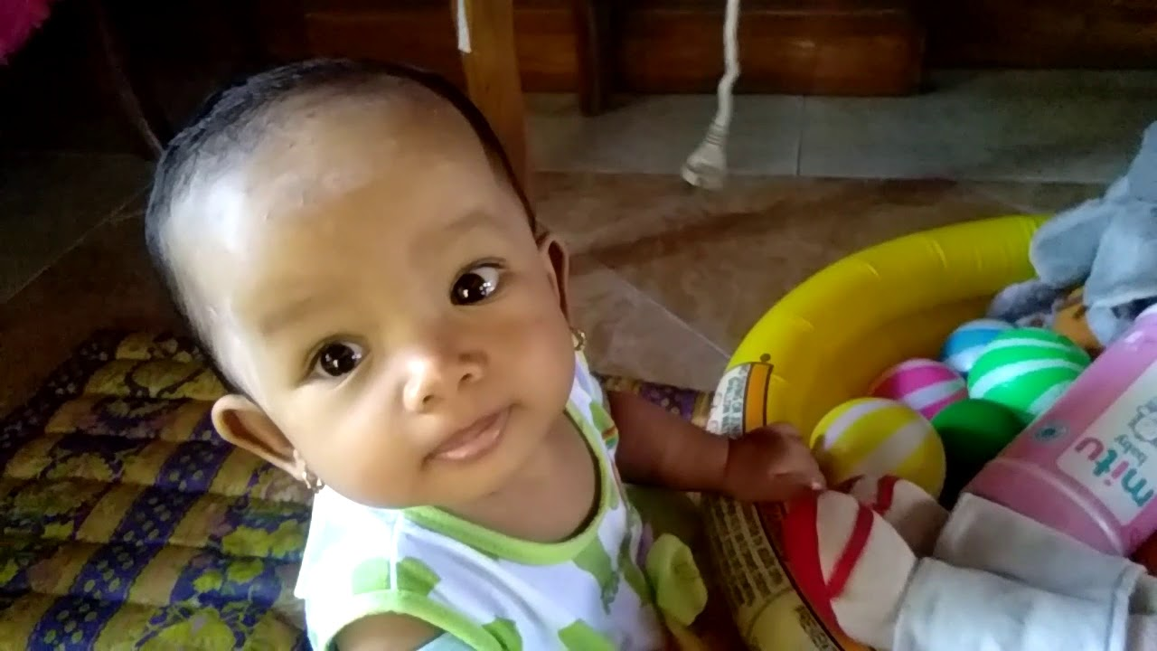 Funny baby - YouTube