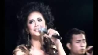 Download Lagu KEREN !!!! KRISDAYANTI DUET DENGAN PENYANYI TIMOR LESTE.. mp3