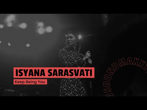 Isyana Sarasvati - Intro + Keep Being You (Live at Jakcloth 2017 Goes To Padang)
