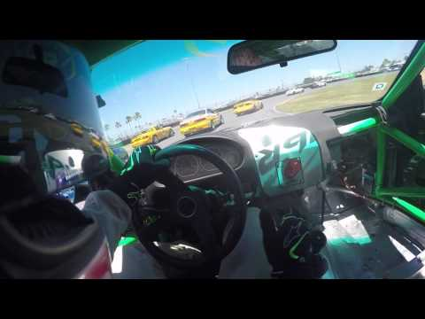 Daytona SCCA Showcase - ITR Sprint Race: Michael Paramore BM